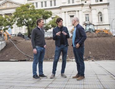 Rodríguez Larreta recorrió la Plaza Houssay junto a Martín Lousteau tras acuerdo en Ciudad