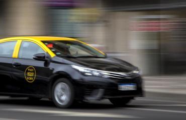Viajar por la Ciudad, más caro: desde el sábado, los taxis aumentan un 30%