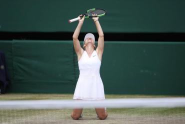 Halep venció a Serena Williams en menos de una hora y conquistó su primer Wimbledon
