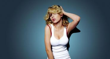 Scarlett Johansson defiende a Woody Allen:
