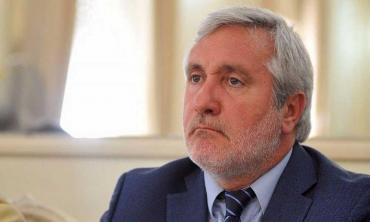 Sigue el conflicto con el jefe de la Corte bonaerense: piden investigar sus dichos