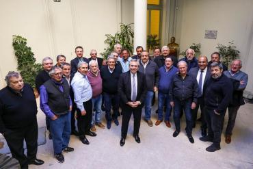 Alberto Fernández se reúne con la CGT con el