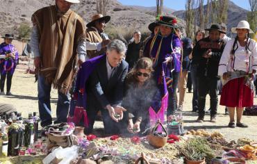 En el Día de la Pachamama, Mauricio Macri participó de la ceremonia en Jujuy