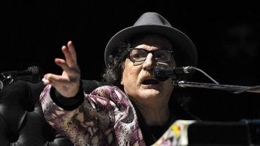 Charly García volvió a brillar en el escenario y conquistó al Luna Park