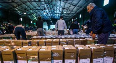 PASO: comenzó la distribución de urnas a los centros de votación