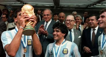 Maradona lamentó la muerte del