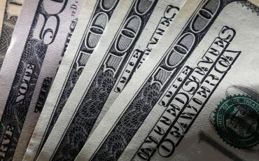Dólar hoy: fuerte caída del
