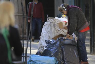 La pobreza subió al 35,4% en el primer semestre, aumentó 8,1 puntos en un año