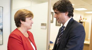 En busca de seguir negociando desembolso del FMI, Lacunza viaja a EEUU