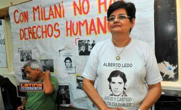 Hermana de Alberto Ledo: