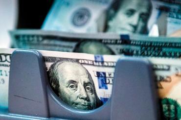 Dólar blue: economistas alertaron que suba se debe a posibilidad de más restricciones en el mercado