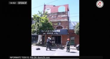 Derrumbe en el Bajo Flores: cayó un balcón e hirió a una mujer