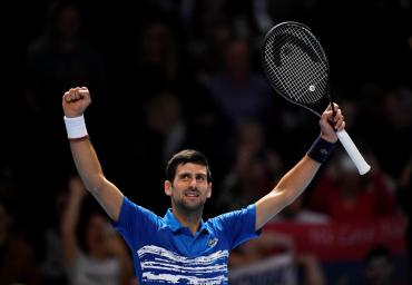 Djokovic aplastó a Berrettini en el inicio del ATP Finals de Londres