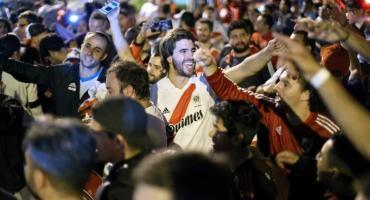 River y la final de Libertadores: miles de hinchas