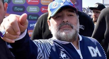 """Continúa la """"guerra"""" entre Boca y Maradona:Gianinna salió a defenderlo"""
