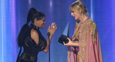 Taylor Swift batió récords en los American Music Awards
