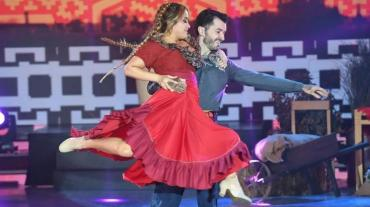 Karina La Princesita floja en el Folklore y quedó complicada en el Bailando