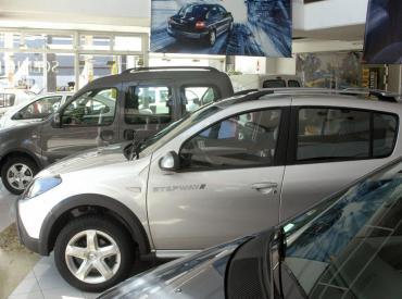 Sigue la caída en la venta de autos 0 km: el patentamiento cayó más del 35% en noviembre