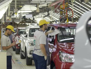 La industria cayó 1% en septiembre en la medición interanual