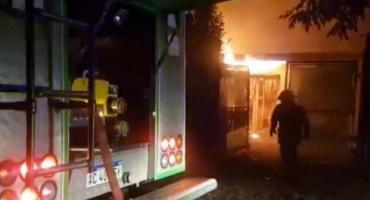 Mujer se negó a volver con ex y él la golpeó, mordió y le prendió fuego la casa