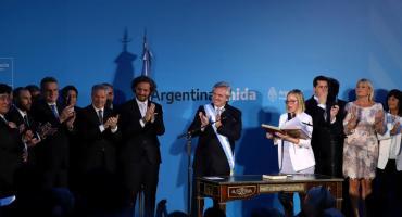 Primer Boletín Oficial de Alberto Fernández: modificó la ley de Ministerios con nuevas carteras