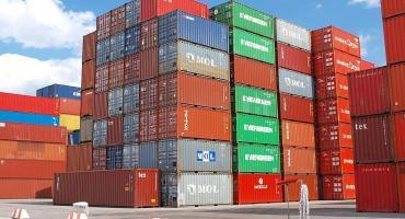 El Intercambio comercial de marzo arrojó un superávit de U$S400 millones, según INDEC
