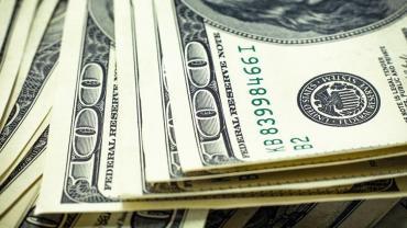 Dólar hoy: el blue cerró la semana a $131 y el oficial a $79,13