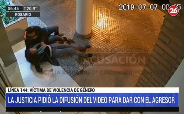 Difunden video de violento ataque y abuso sexual en Rosario: buscan dar con agresor