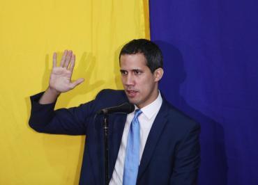 Crisis en Venezuela: mayoría opositora del Parlamento ratifica a Juan Guaidó