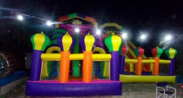 Nene de 5 años jugaba en castillo inflable, cayó y se fracturó el cráneo