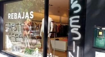 Escrachan local de Etiqueta Negra, la firma del empresario Federico Álvarez Castillo
