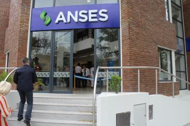 Gerentes y directivos de empresas estatales de la gestión Macri no quieren renunciar