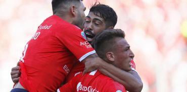 Independiente brilló en Avellaneda: goleó y gustó ante un pobre Rosario Central