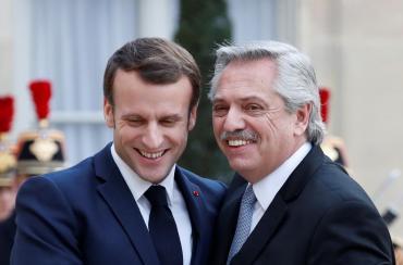 Alberto Fernández con Macron: