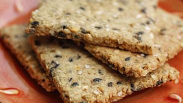 Anmat prohibió famosas galletas y alimentos en conserva por riesgo de intoxicación