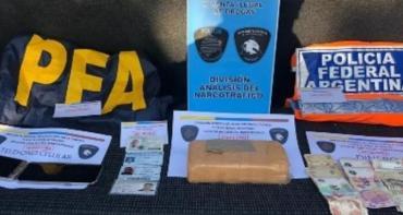 Policía que trabajaba en Ministerio de Seguridad detenido con kilo de pasta base