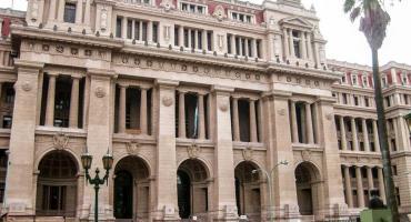 Vigilia en Tribunales: se espera decisión de la Corte Suprema sobre los tres jueces removidos