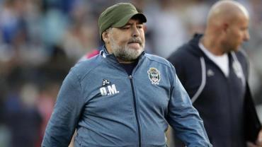 Maradona, en su peor momento en Gimnasia: ponen en duda su continuidad