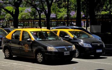 Rige aumento del 30% para taxis porteños y del 35% para la VTV