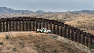 Preocupación en EEUU: advierten que cárteles mexicanos reclutan menores para contrabando de drogas
