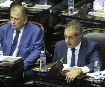 Cruces y tensión por presencia de Scioli en Diputados: oposición amenaza con ir a la Justicia