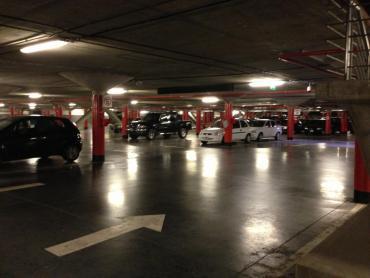 Fallo confirma que shoppings y supermercados son responsables por robos en estacionamientos