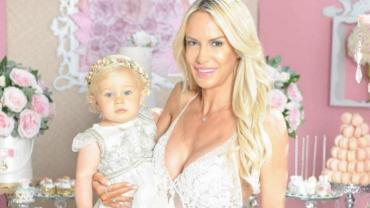 La increíble muñeca de 16 mil pesos que Luciana Salazar le regaló a su hija Matilda