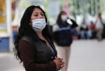 Efecto Coronavirus: se duplicó demanda y precios de barbijos y alcohol en gel