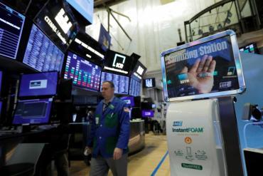 Los mercados operan de manera positiva tras extensión del plazo para canje de deuda