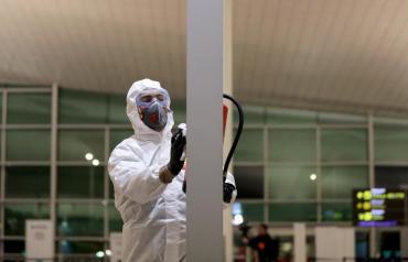 Coronavirus en España: 683 nuevas muertes en un día, son casi 16 mil las víctimas fatales