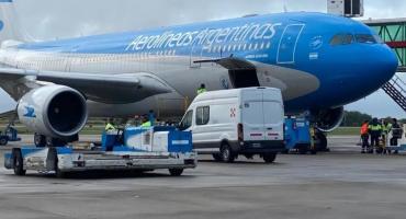 Aerolíneas Argentinas anunció que denunciará penalmente a pasajeros que quieran evadir controles sanitarios