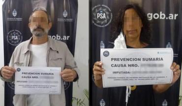 Coronavirus en Argentina: llegaron en un vuelo, se tiraron al piso para no ser aislados, fueron detenidos