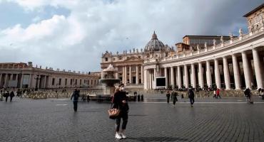 Coronavirus: confirman caso positivo en asistente del Papa Francisco