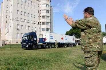 Trasladan Hospital Militar Reubicable de la Fuerza Aérea destinado a barrio de Pompeya